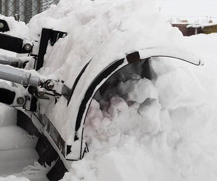 Winterdienste mit Schnee und Glatteisbeseitigung